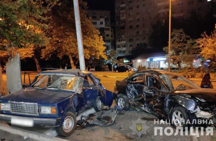 В Черноморске в ДТП пострадали две девушки и два автомобиля