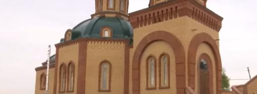 За что просил прощения на коленях юный поджигатель храма на Одесчине – детали громкого ЧП