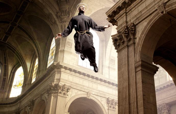 Исцелял больных и летал: чем прославился святой Джузеппе из Копертино?