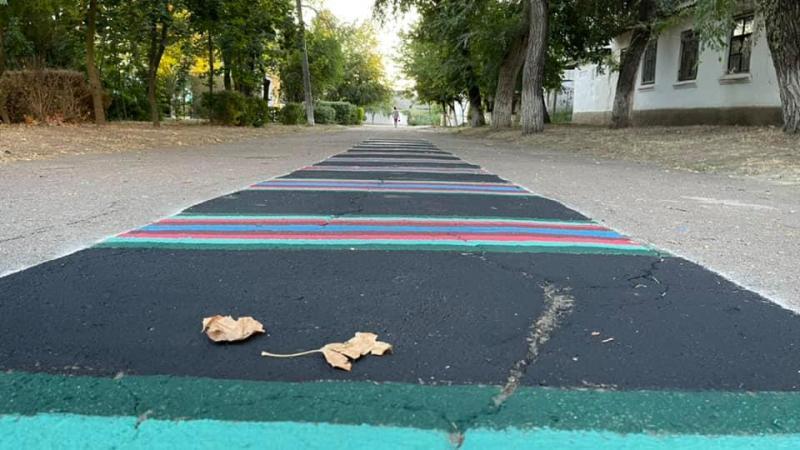 разноцветная дорожка в Болграде3