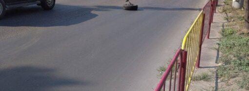 Серьезное ДТП в Лузановке: на Николаевской дороге пробка, трамваи не ходят