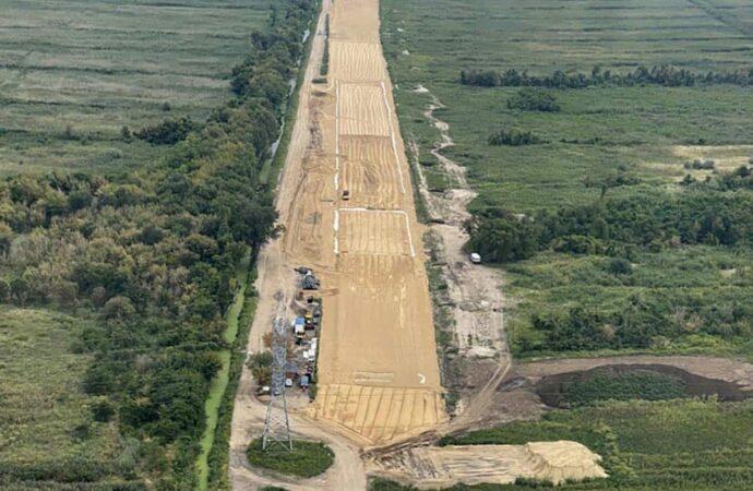 В Одессе ударными темпами строят объездную дорогу в порт