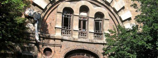 Масонский дом, взгляд изнутри: как выглядел блестящий интерьер сегодняшних руин?