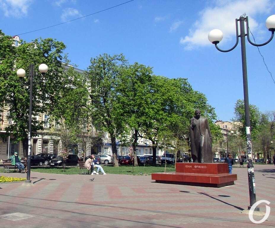 Александровский проспект4