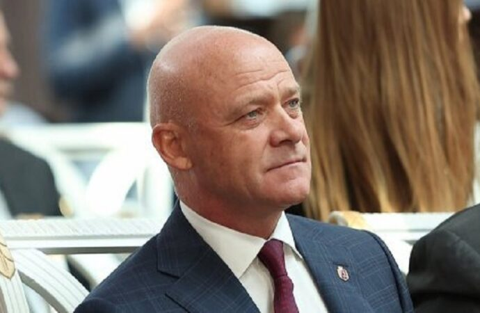 Суд ничего не решил: меру пресечения для Геннадия Труханова определят позже