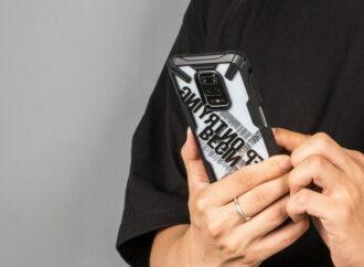 Модные и трендовые чехлы для смартфонов