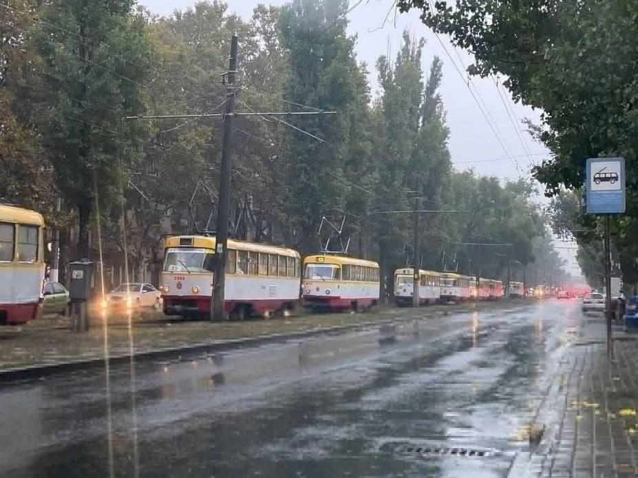 ДТП в Одессе - трамваи встали