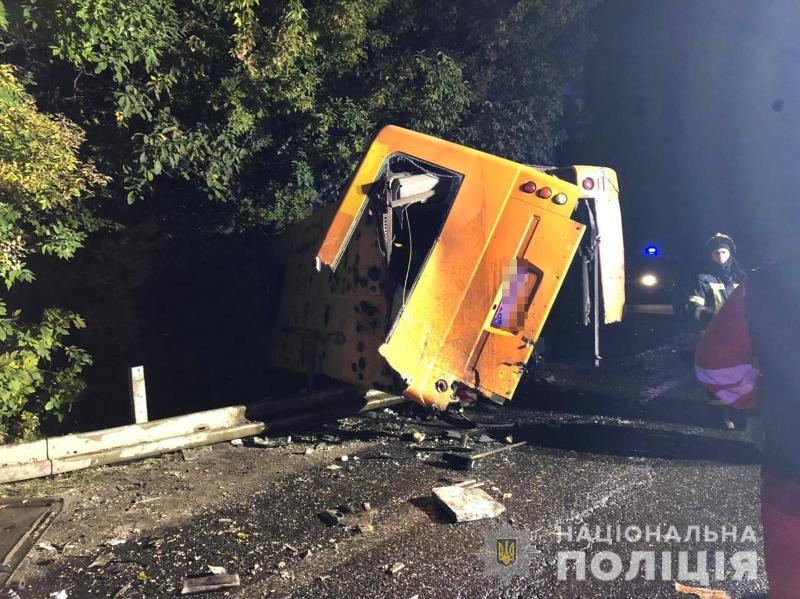 ДТП с фурой и маршруткой на трассе Одесса-Киев2