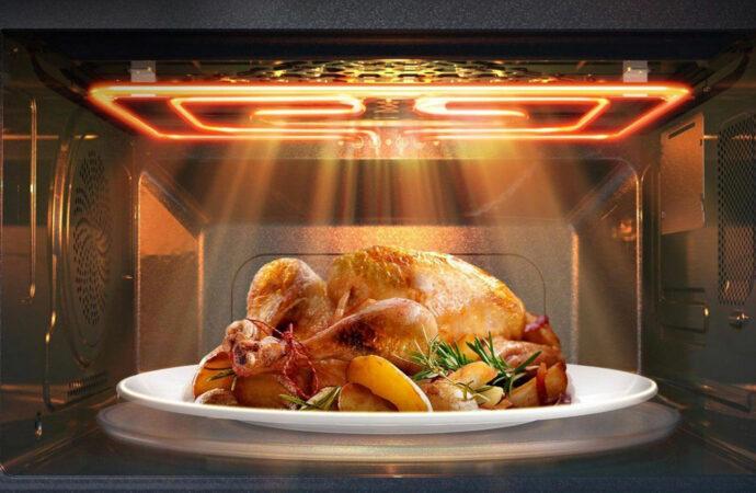 Этот день в истории: кто придумал микроволновую печь?
