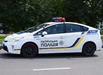 Одесские патрульные спасли девушку, которая потеряла сознание