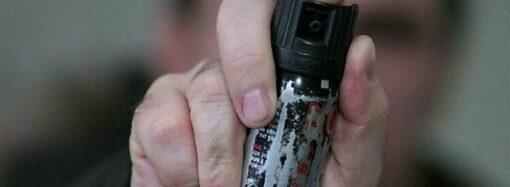 В одесской маршрутке пассажир атаковал водителя перечным газом