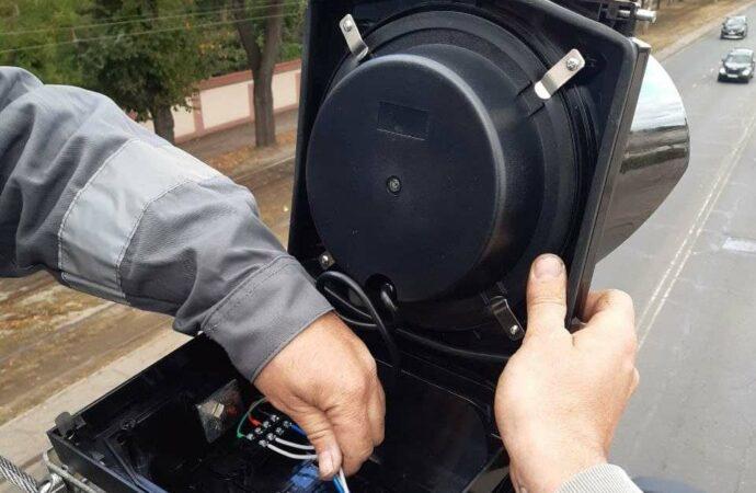 Внимание водителям: в Одессе модернизируют светофоры на перекрестке Канатной и Семинарской